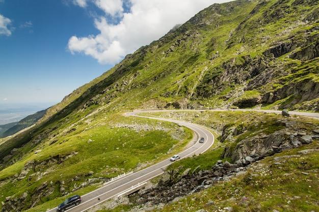 Transfagarasan mountain road, romanian carpathians Premium Photo