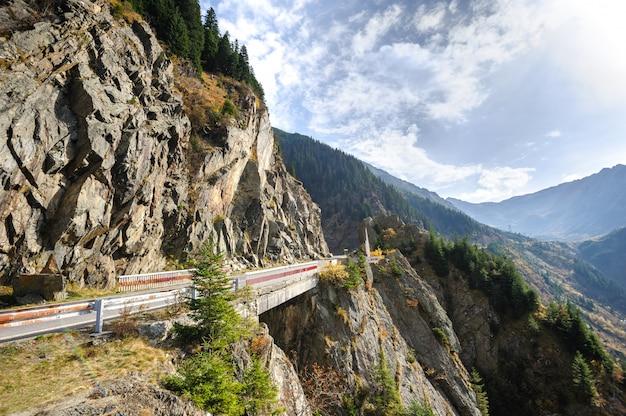 Transfagarasan mountain road Premium Photo