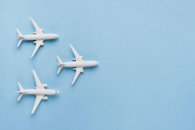 Travel concept with planes Free Photo
