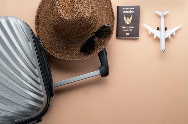 Travel flat lay Premium Photo