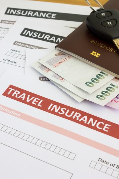 Travel insurance form Premium Photo