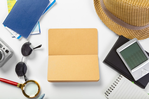Travel, summer vacation, tourism and objects concept Premium Photo