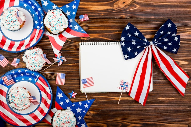 Treat and decor for independence day Free Photo