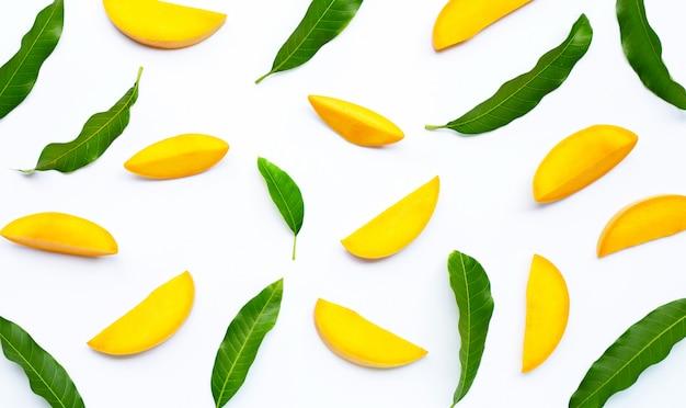 Тропические фрукты, манго Premium Фотографии