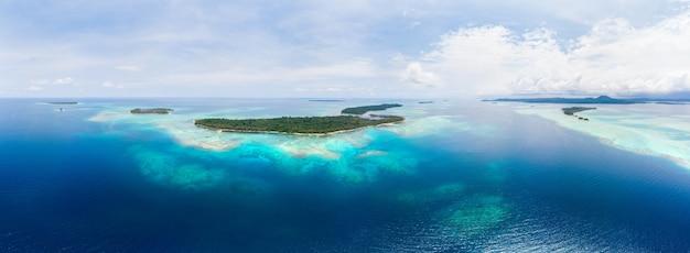 Tropical islands Premium Photo