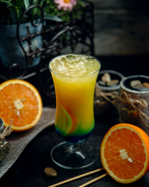 Tropical juice with crushed ice Free Photo