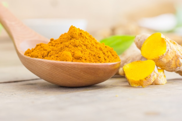 Turmeric powder 1323 403