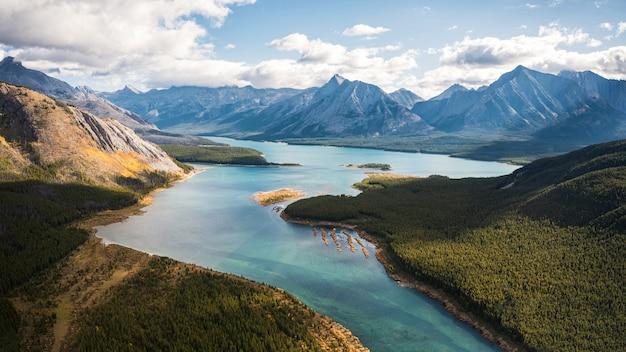 Turquoise lake in canadian rockies at assiniboine provincial park Premium Photo