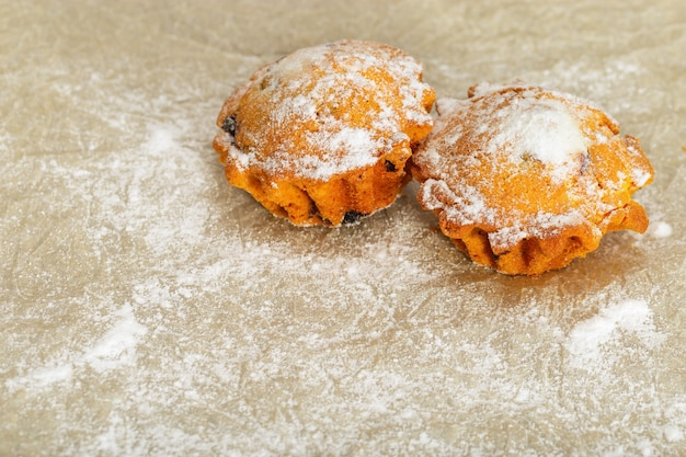 Two appetizing round cakes Premium Photo