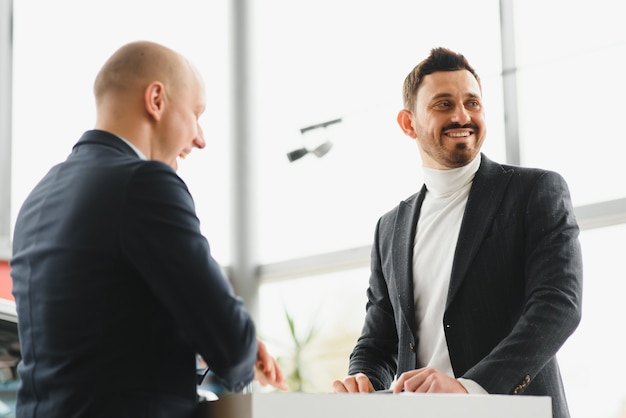 Two businessmen sign a cooperation agreement. successful business concept Premium Photo