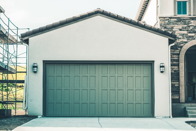 Two cars garage Free Photo