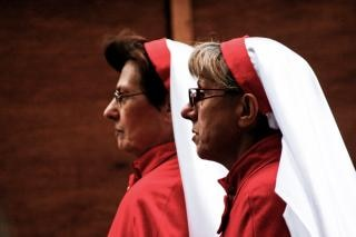 two nuns Free Photo