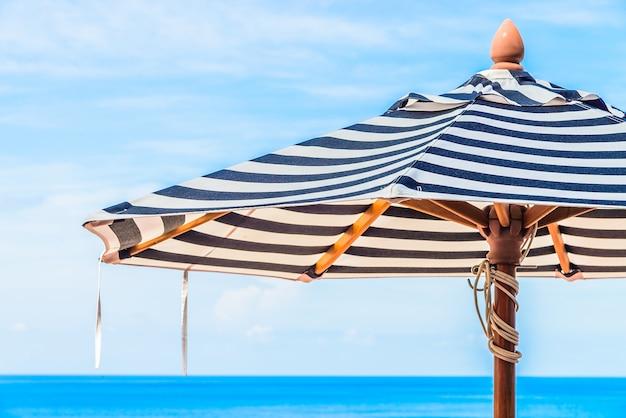 Umbrella pool chair Free Photo