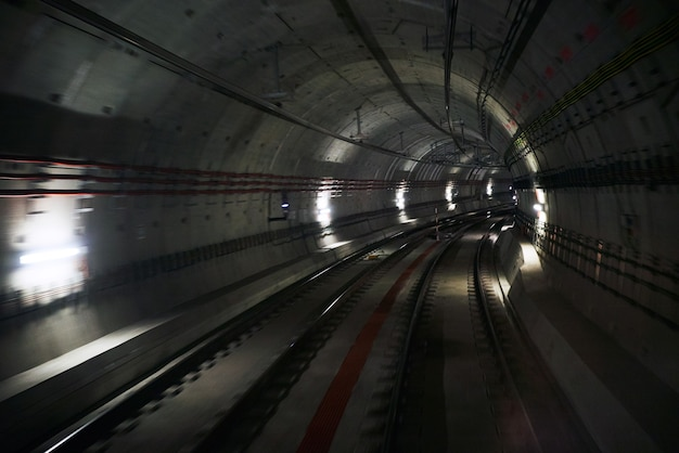 Underground tunnell with two tracks Free Photo