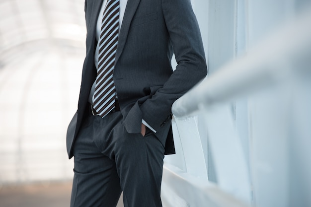 Unrecognizable businessman Premium Photo