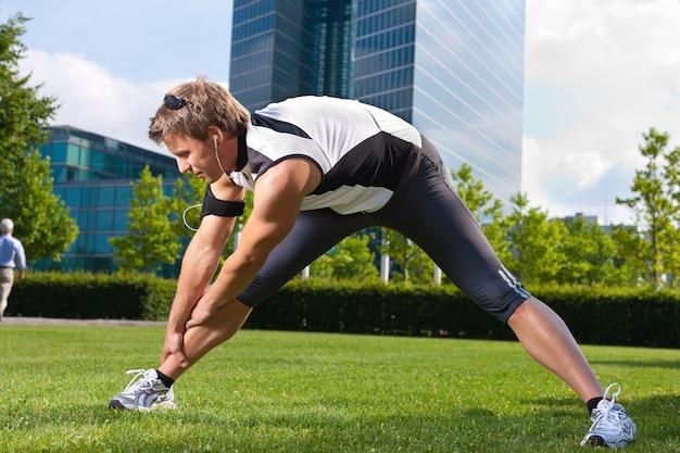 Urban sports - fitness in the city Premium Photo
