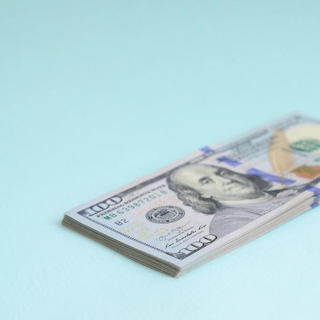 Us dollar bills Premium Photo