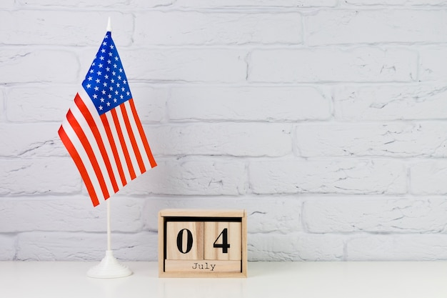Usa independence day background with wooden calendar Free Photo