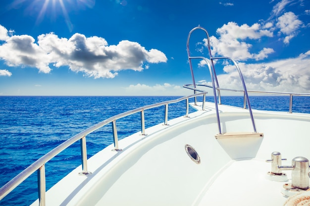 Vacation, travel, cruise and leisure Premium Photo