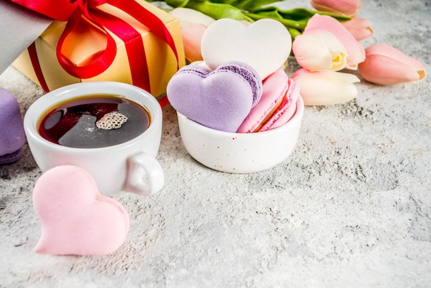 バレンタインデーのマカロンクッキー Premium写真
