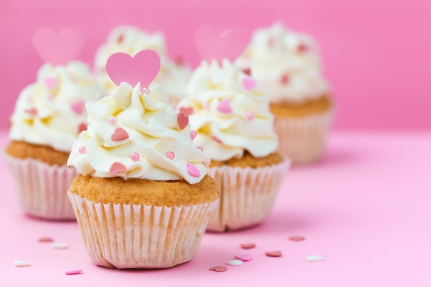 premium photo valentine s day sweets cupcakes decorated hearts on a pink background https www freepik com profile preagreement getstarted 6740025