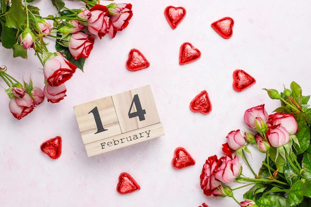 Valentines day background, valentines day card with roses,top view Free Photo