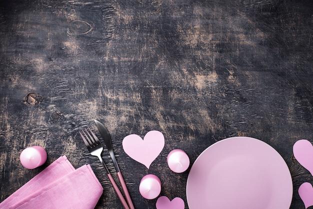 День святого валентина розовая сервировка Premium Фотографии
