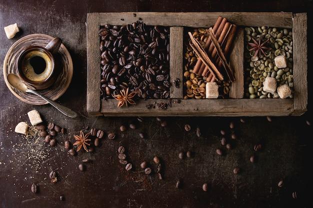 Variation of coffee beans Premium Photo