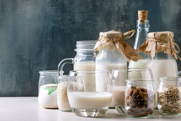 Variety of non-dairy milk Premium Photo