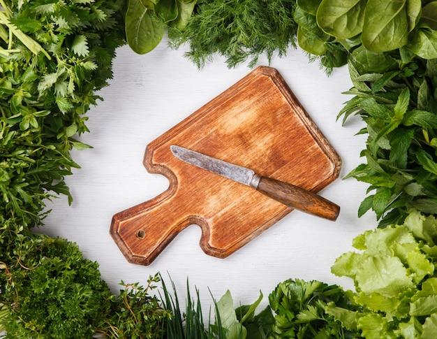 Various fresh herbs Premium Photo