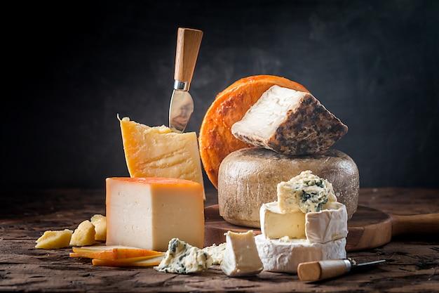 Various types of cheese Premium Photo