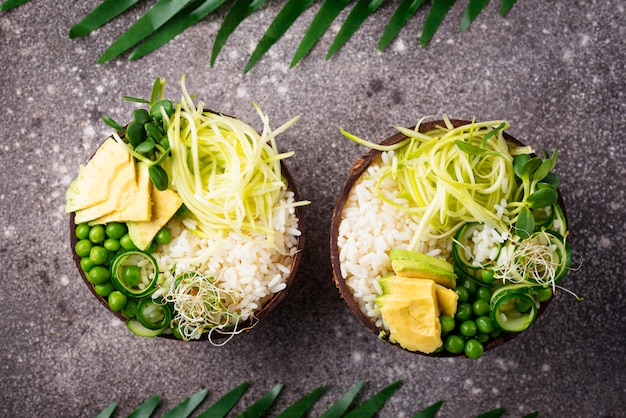 Vegan buddha bowl with vegetables Premium Photo