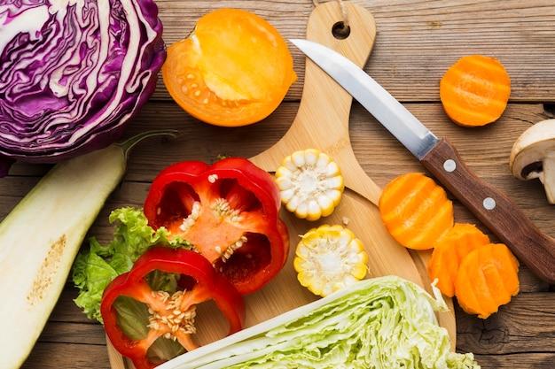 Состав овощей на деревянных фоне Бесплатные Фотографии