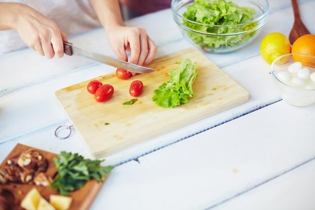 vegetarian closeup feta healthy kitchen Premium Photo