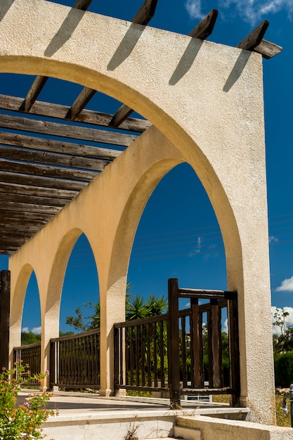 Veranda with wooden beams from the shadows Premium Photo