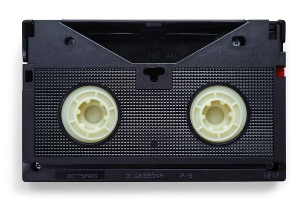 白い背景の上のvhsビデオテープ Premium写真