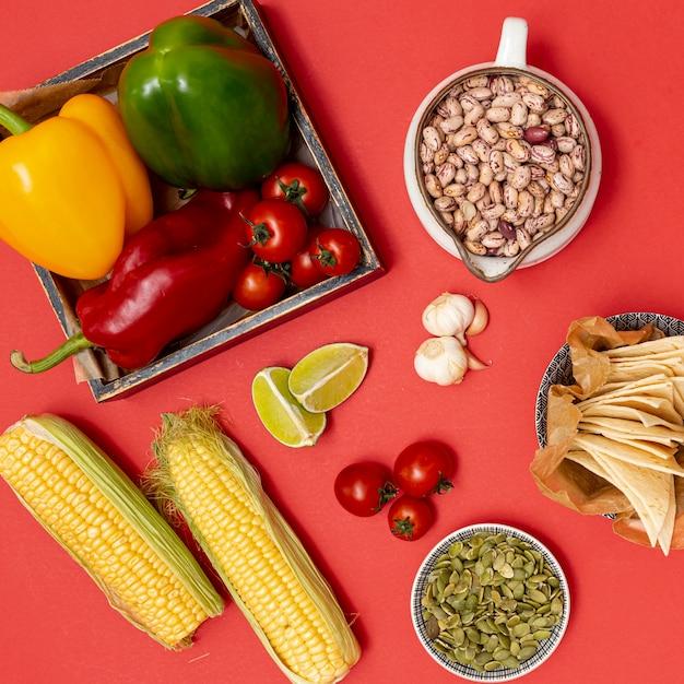 メキシコ料理のための活気のある有機食材 無料写真