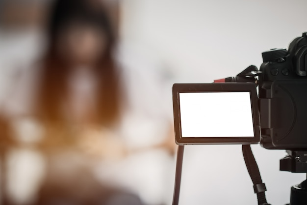 Video journalist or reporter on lcd screen blank camera Premium Photo