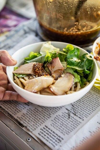 Вьетнамский традиционный фо Premium Фотографии