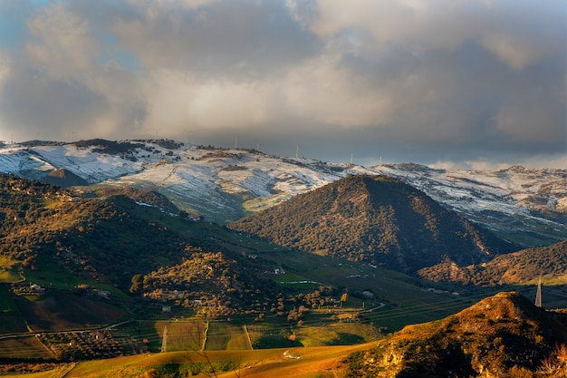 View of boscorotondo mountain at sunset, sicily Premium Photo