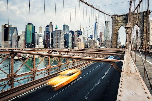Vista del ponte di brooklyn a new york city. Foto Gratuite