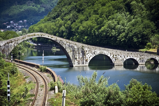 View of the devil's bridge in lucca, italy Free Photo