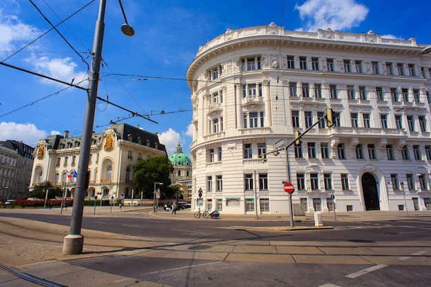 View of historic building in vienna Premium Photo