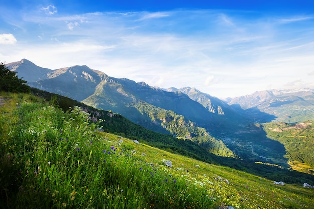 View of  mountains landscape. huesca Free Photo