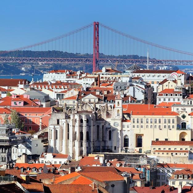 Вид на лиссабон и реку тежу, португалия Бесплатные Фотографии