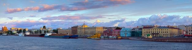Вид на санкт-петербург утром Бесплатные Фотографии