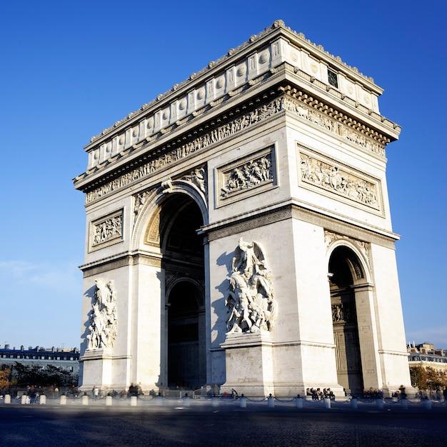 凱旋門、パリ、フランスの眺め 無料写真
