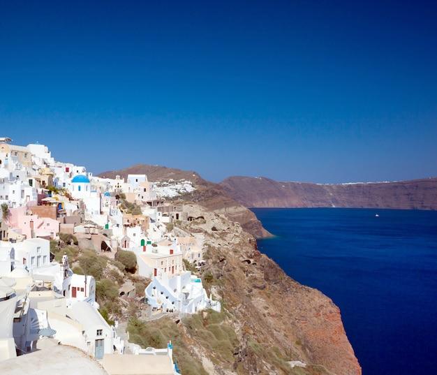 View on oia village, santorini island. Premium Photo