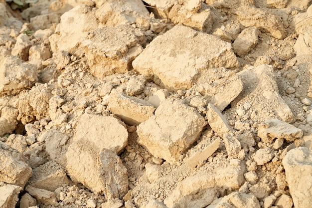Sopra la vista di vecchie pietre beige distrutte. concetto di pietre rovinate. Foto Gratuite