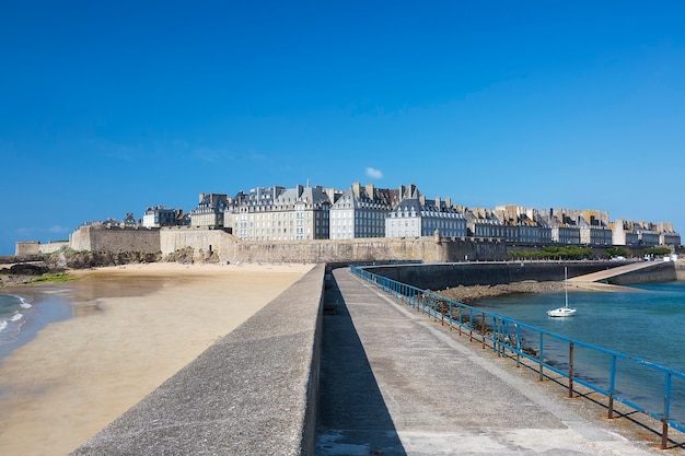 Vista di saint malo, bretagne, francia Foto Gratuite